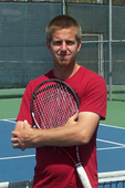 Travis M. teaches tennis lessons in Lake Forest, CA
