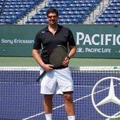 Brian D. teaches tennis lessons in Tualatin, OR