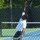 Alvin O. teaches tennis lessons in Austin, TX