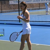 Elona P. teaches tennis lessons in Union City, Nj